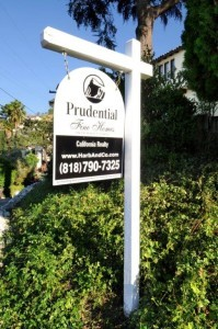 la crescenta real estate for sale sign