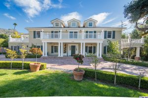 Glendale Luxury Homes